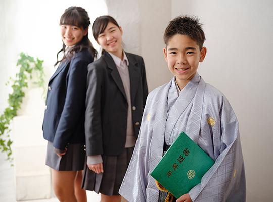 小学校卒業の袴の写真